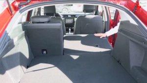 Объем и размер багажника Рено Аркана